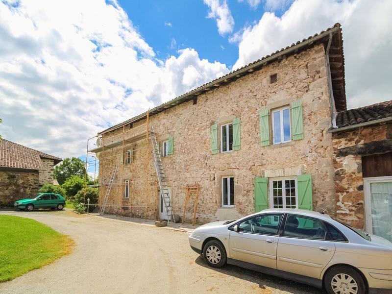 Maison à vendre à CHABRAC(16150) - Charente