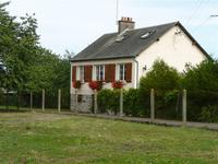 French property for sale in CHEVAIGNE DU MAINE, Mayenne - €109,000 - photo 2