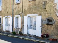 French property for sale in CHALAIS, Charente - €199,800 - photo 3