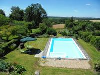 French property for sale in AUBETERRE SUR DRONNE, Charente - €230,000 - photo 4