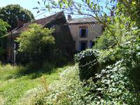 French property, houses and homes for sale inBARAIZEIndre Centre