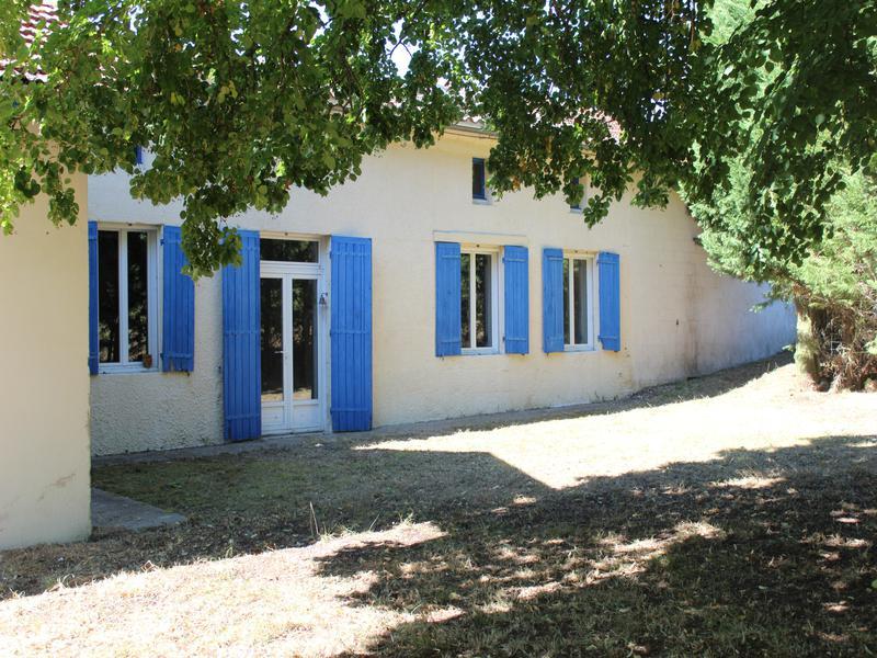 Maison à vendre à CLERAC(17270) - Charente Maritime