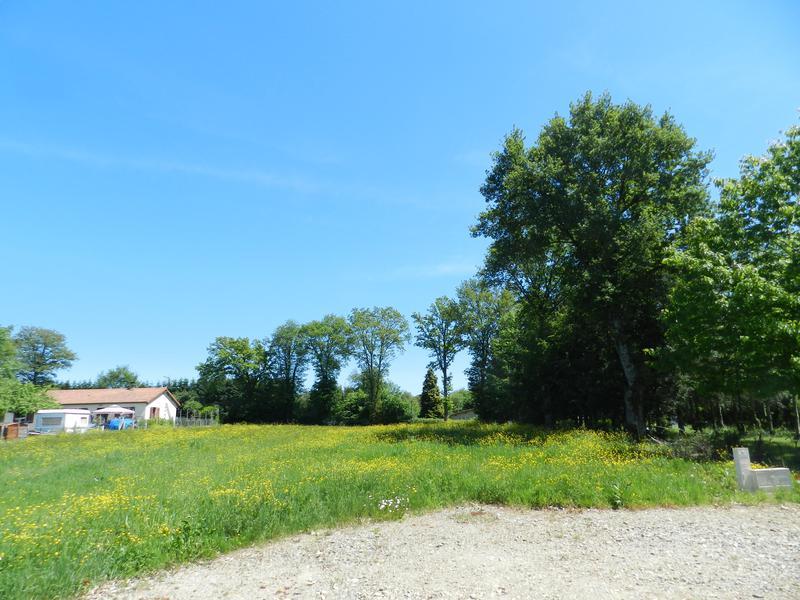 Terrain à vendre à ORADOUR FANAIS(16500) - Charente