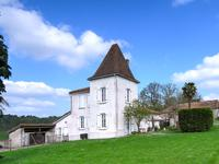 French property for sale in BRIE SOUS CHALAIS, Charente - €310,000 - photo 3