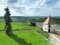 French property for sale in BRIE SOUS CHALAIS, Charente - €310,000 - photo 4