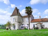 French property, houses and homes for sale inBRIE SOUS CHALAISCharente Poitou_Charentes