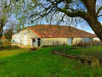 French property for sale in AUBIGNE, Deux Sevres - €77,000 - photo 2