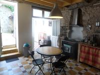 French property for sale in PONS, Charente Maritime - €134,000 - photo 5