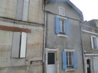 French property for sale in PONS, Charente Maritime - €134,000 - photo 10