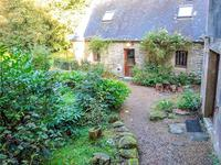 French property for sale in PLOUGRAS, Cotes d Armor - €374,050 - photo 2