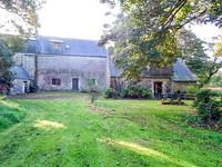 French property for sale in PLOUGRAS, Cotes d Armor - €374,050 - photo 10