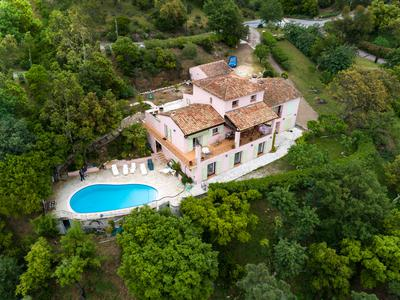 Parc St Jean-Superb coastal 5 bed villa with pool and amazing views across to Mount Vinaigre.