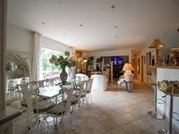 French property for sale in FLASSANS SUR ISSOLE, Var - €420,000 - photo 3