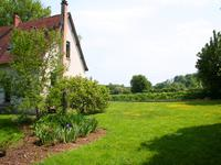 French property for sale in IZE, Mayenne - €141,700 - photo 9