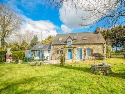 Maison à vendre à CLEGUEREC, Morbihan, Bretagne, avec Leggett Immobilier