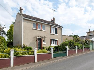 Maison à vendre à CLERE SUR LAYON, Maine_et_Loire, Pays_de_la_Loire, avec Leggett Immobilier