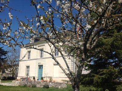 Maison à vendre à RILLY SUR VIENNE, Indre_et_Loire, Centre, avec Leggett Immobilier