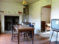 French property for sale in PRESSIGNAC, Charente - €46,000 - photo 2