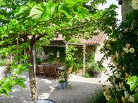 French property for sale in AUBETERRE SUR DRONNE, Charente - €477,000 - photo 4