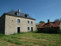 French property for sale in AUZANCES, Creuse - €61,000 - photo 2