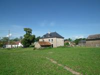 French property for sale in AUZANCES, Creuse - €61,000 - photo 4