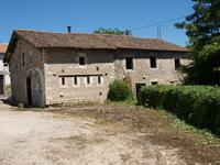 French property for sale in TILLOU, Deux Sevres - €402,800 - photo 3
