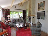 French property for sale in LORGUES, Var - €599,000 - photo 7