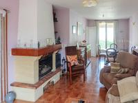 French property for sale in COURCELLES, Charente Maritime - €147,000 - photo 3