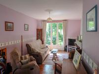 French property for sale in COURCELLES, Charente Maritime - €147,000 - photo 4