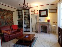 French property for sale in LES PEINTURES, Gironde - €598,900 - photo 2