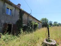 French property for sale in GENOUILLE, Vienne - €72,600 - photo 2