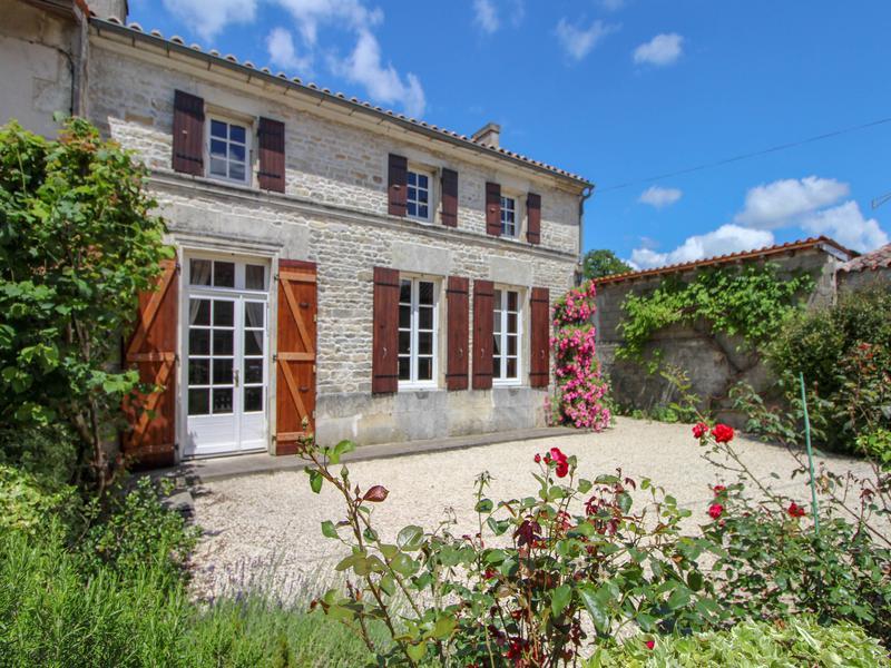 Maison à vendre à MIGRON(17770) - Charente Maritime