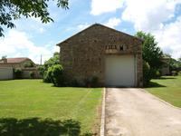 French property for sale in BRUX, Vienne - €401,740 - photo 3