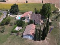French property for sale in LAMOTHE CUMONT, Tarn et Garonne - €680,000 - photo 2