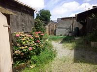 French property for sale in ST AIGNAN SUR ROE, Mayenne - €41,000 - photo 4
