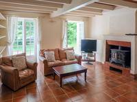 French property for sale in ST SAVINIEN, Charente Maritime - €189,000 - photo 2