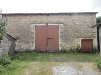 French property for sale in COUTURE, Charente - €36,000 - photo 7
