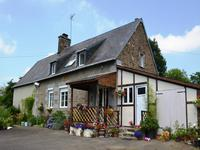 French property for sale in LE MESNIL RAINFRAY, Manche - €139,000 - photo 2