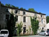French property for sale in MONTBRON, Charente - €381,600 - photo 9