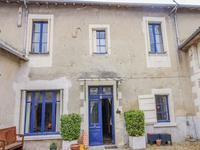 French property for sale in ST GERVAIS LES TROIS CLOCHERS, Vienne - €224,700 - photo 2