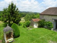 French property for sale in DOUCHAPT, Dordogne - €155,000 - photo 3