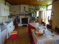 French property for sale in DOUCHAPT, Dordogne - €155,000 - photo 7