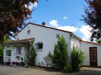houses and homes for sale inST ROMAINCharente Poitou_Charentes
