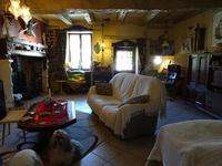 Maison à vendre à MILHAC DE NONTRON en Dordogne - photo 5
