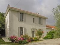 French property for sale in LEDAT, Lot et Garonne - €400,000 - photo 2