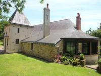 French property for sale in CHAMPIGNE, Maine et Loire - €477,000 - photo 1
