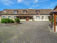 French property for sale in BREVAL, Yvelines - €790,000 - photo 1