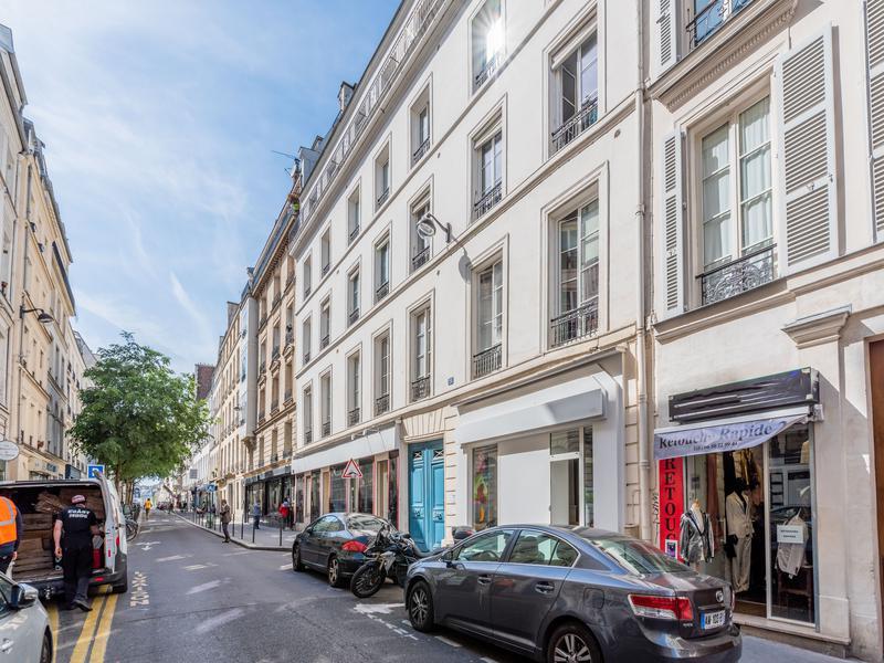 Appartement 8 pièces à vendre à PARIS III (75003) -  Paris