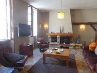 French property for sale in LIGNY LE CHATEL, Yonne - €159,000 - photo 4