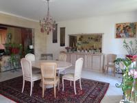French property for sale in LES ARTIGUES DE LUSSAC, Gironde - €424,000 - photo 4